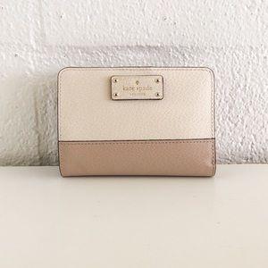 🌷 Kate Spade Grove Street Tellie Bifold Wallet 🌷